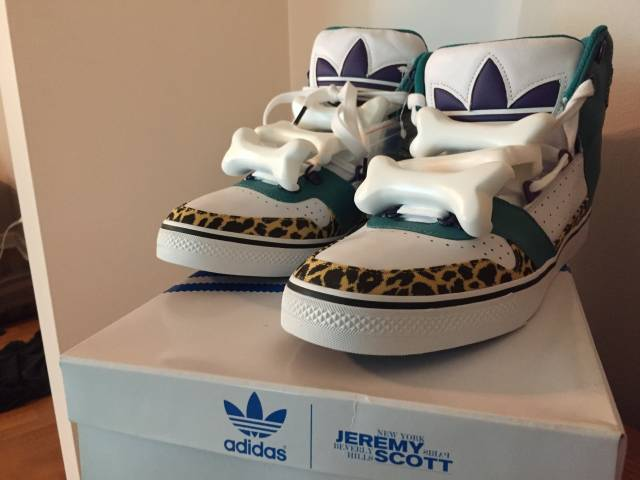 Adidas Jeremy Scott Bones Fake