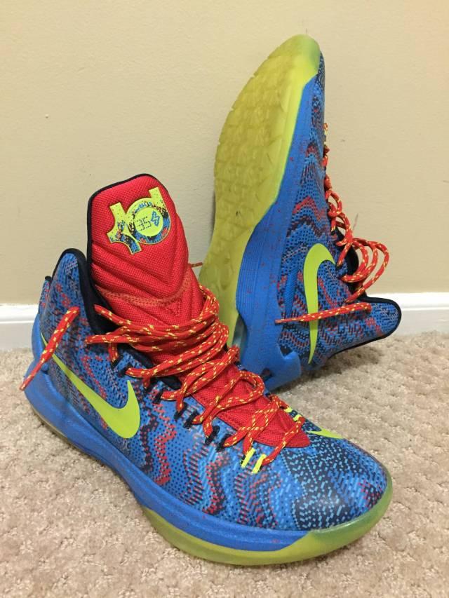 Nike KD 5 \'Christmas\' Sz 9.5 | Kixify Marketplace