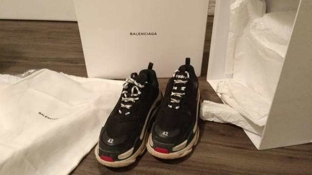 Balenciaga triple s dames sneakers beigegrijs