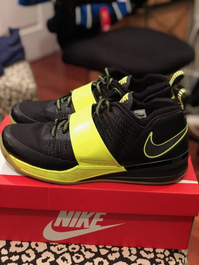 c93e2521c30b9 Nike Zoom Revis Revis Island