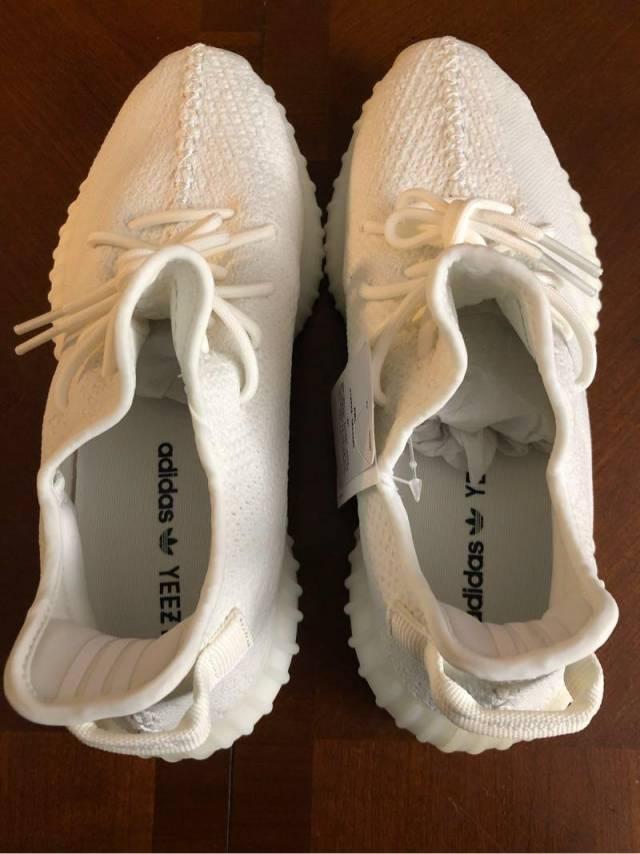 af93199ecdb Adidas Yeezy Boost 360 V2 - Cream  BRAND NEW  Size 11.5