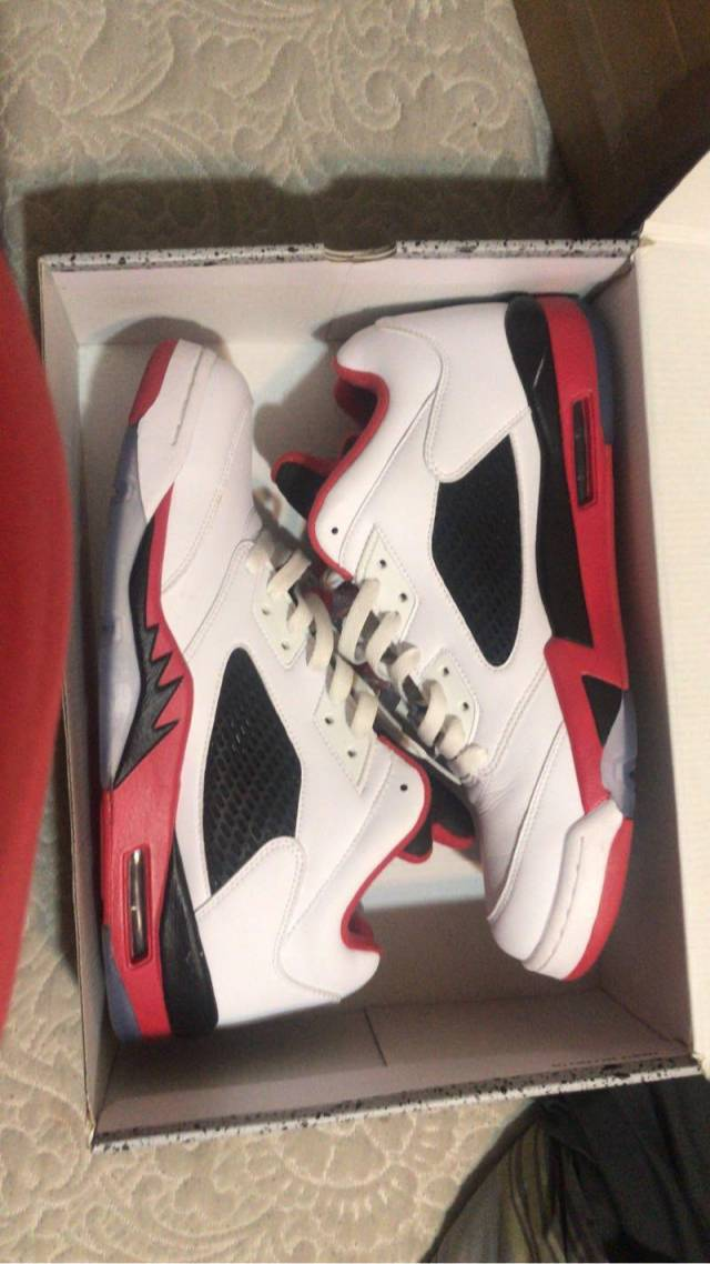new style a1fa1 af4aa Air Jordan 5 Low - Fire Red
