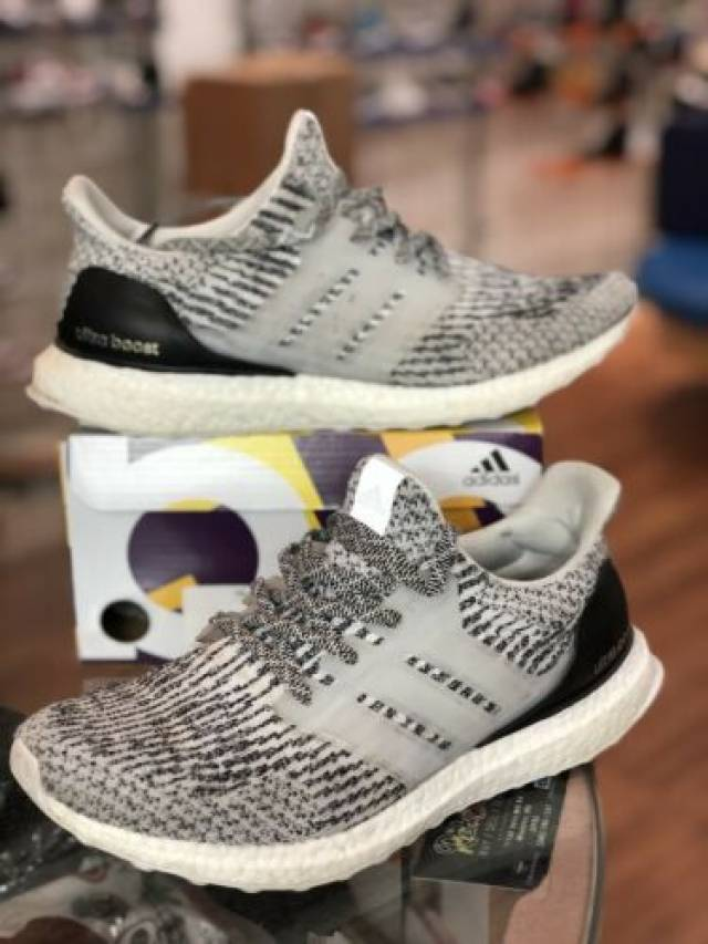 adidas ultra boost mens oreo