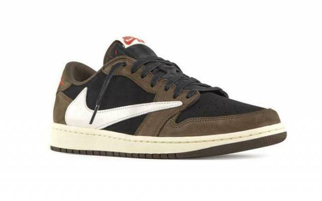 online retailer 65b74 85b03 Travis Scott X Air Jordan 1 Low Dark Mocha