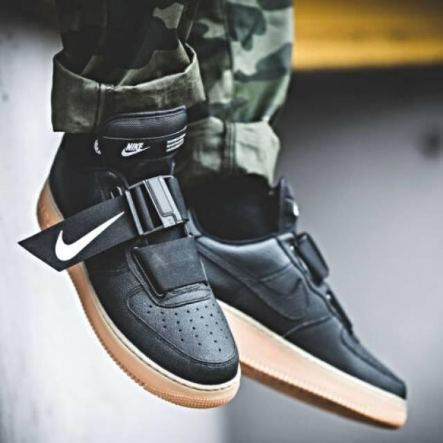 Nike Air Force 1 Utility Black White