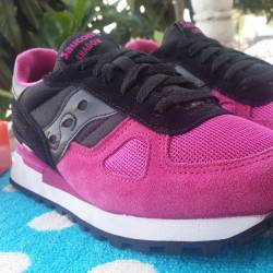 "2 saucony cavity ""lovers pack""..."