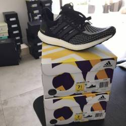 Ultraboost black reflective 2 0
