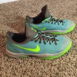 Nike kobe venomenon 4 size 12