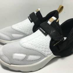 Exclusive ovo x jordan trunner...
