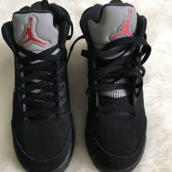 Jordan 5 metallic red,black, grey