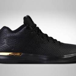Air jordan xxx1 low black gold...