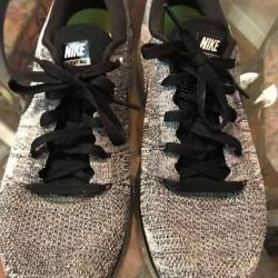 Fly knit max size 10