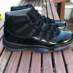 Air jordan 11 cap and gown dea...