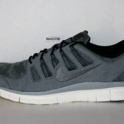 Authentic nike free trainer 5....
