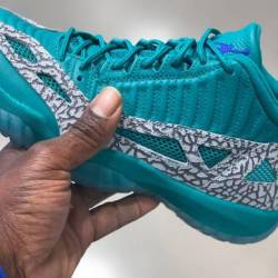 Air jordan 11 low ie rio teal