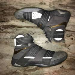 Nike lebron zoom soldier 10 ba...