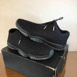 Air jordan future low gamma si...