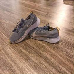 Nike zoom fly flyknit dark gre...