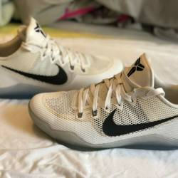 Kobe 11 em low fundamental whi...